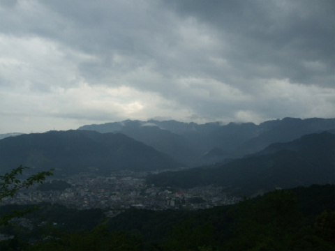 熊野古道伊勢路・馬越公園展望台から尾鷲市の眺め