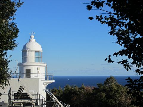 尾鷲市の三木埼灯台