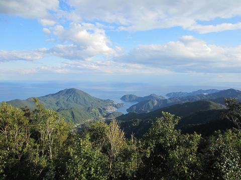 八鬼山越え・桜の森広場からの眺め