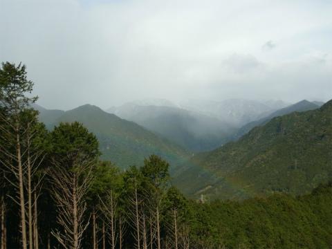 熊野古道馬越峠の虹