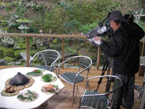 葉っぱがシェフjomonにて三重テレビの撮影