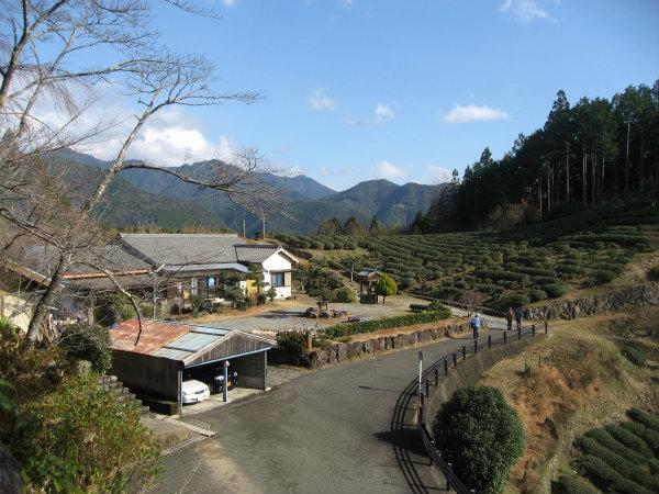 熊野古道中辺路・伏拝王子から眺めるNHK朝ドラ「ほんまもん」ロケ地