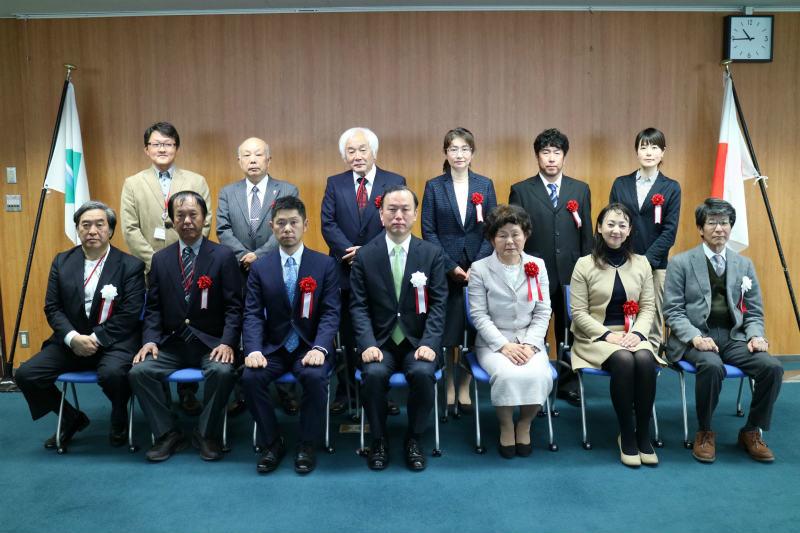 エコツーリズム大賞表彰式にて受賞者の団体写真