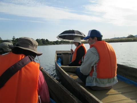 御浜町志原川の川舟でツアー参加者の自己紹介