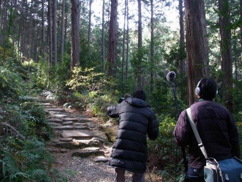 熊野古道伊勢路馬越峠でのNHKテレビ番組撮影の様子