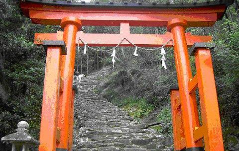 神倉神社の石段と鳥居
