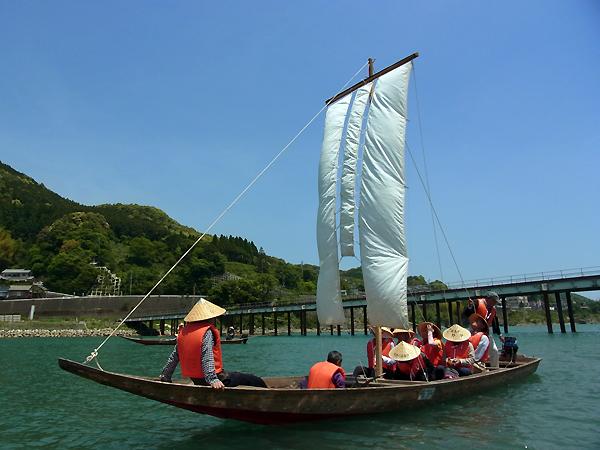 熊野川の三反帆