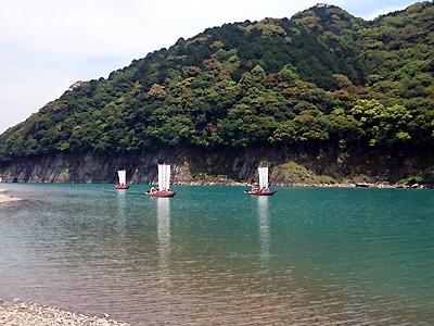 熊野川と三反帆3艘